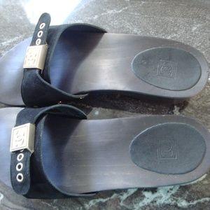 Chanel black suede slip on sandals - Authentic siz